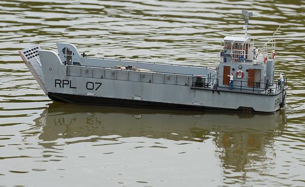 Glen, Navy Day 2017, Nick Leaper, RPL 07, Ramp Powered Lighter, SRCMBC, Setley Pond, Small Tank Landing Craft, Solent Radio Control Model Boat Club