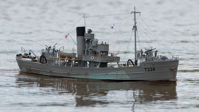 David McNair-Taylor, HMS Sir Galahad, Round Table class minesweeper, SRCMBC, Setley Pond, Solent Radio Control Model Boat Club, T226