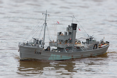 David McNair-Taylor, HMS Sir Galahad, Round Table class minesweeper, SRCMBC, Setley Pond, Solent Radio Control Model Boat Club, T226