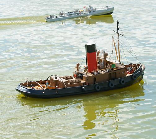 Martra, Roger Cooper, SRCMBC, Setley Pond, Solent Radio Control Model Boat Club, harbour Steam Tug