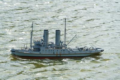 HMS Resolve, Navy Day 2016, Nick Leaper, SRCMBC, Setley Pond, Solent Radio Control Model Boat Club, World War 1 Naval Tug