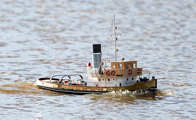 Anteo, Italian Steam Tug boat, John Andrews, SRCMBC, Solent Radio Control Model Boat Club, fuel barge @ Setley Pond, New Forest,England
