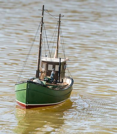 Chris Chattaway, SRCMBC, Solent Radio Control Model Boat Club, Thunder Tiger MFV