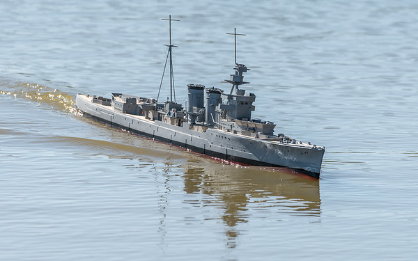 C-class light cruiser, David McNair-Taylor, HMS Curacoa, SRCMBC, Solent Radio Control Model Boat Club, Under construction
