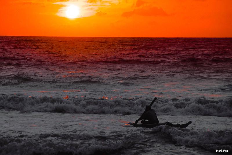 SRI LANKA visser bij zonsondergang