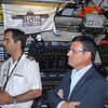 Capitão-Tenente Paulo de Carvalho do Santos Garcia,Comandante do N.R.P. Arpão e Jorge Pinheiro, diretor-geral da SRI.