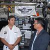 Capitão-Tenente Bruno Ricardo Amaral Henriques (Comandante do N.R.P. Tridente) e Jorge Pinheiro, diretor-geral da SRI