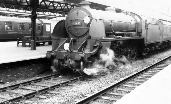 30847  Southampton Up Through platform