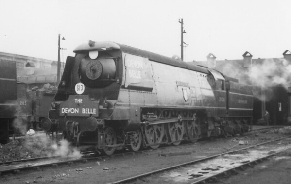 21C111 Tavistock in full Southern Railway lined livery with Devon Belle headboard and wings on Smokebox