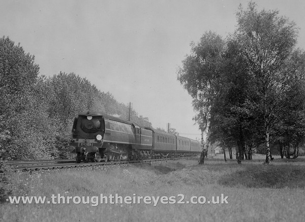 21C125 St Mary Cray Junction..up train