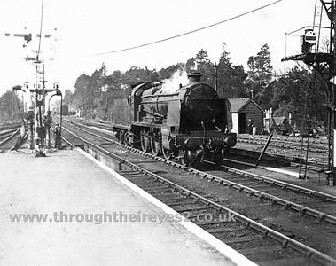 Maunsell U Class (31610-31639) including rebuilt River class tank engine (31790-31809)