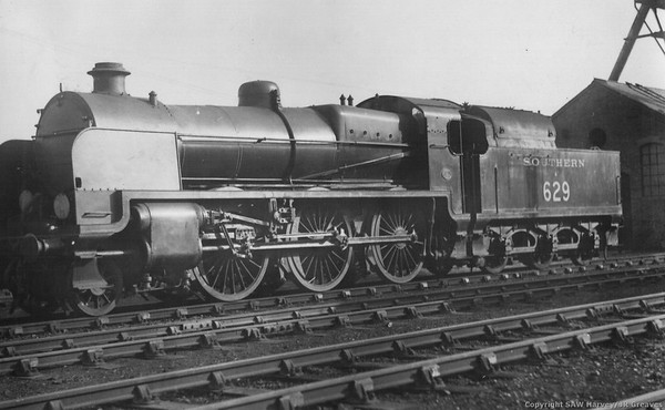 629 Maunsell U Class Eastbourne 21st Februsry 1932 (loco+tender fitted for pulverised fuel)