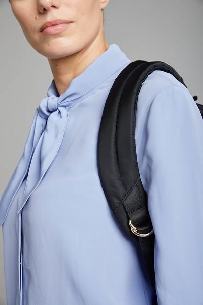 Mayfair, Beauchamp XL, Black, 119-410-BLK, Female Model