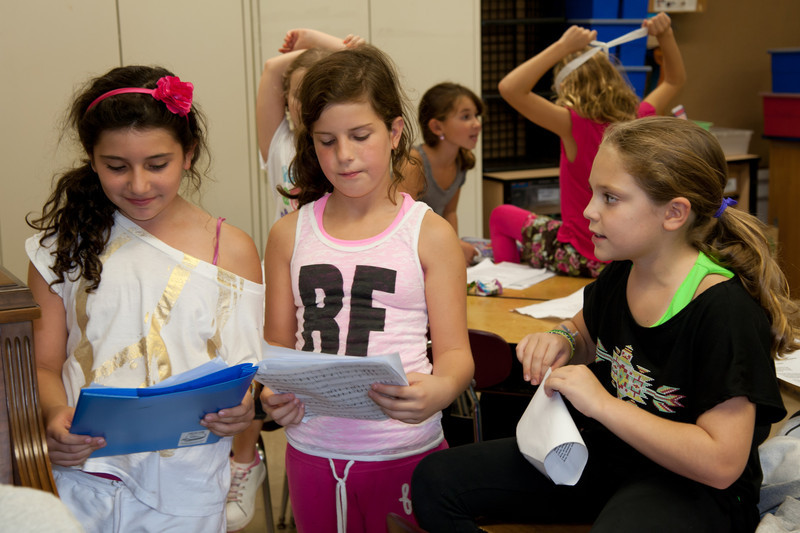 September 27, 2011: Cantor Leifer practices with the cast of Broadway at Schechter.