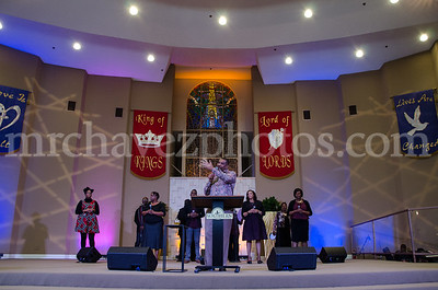 1-31-16 SSP Dr Gregory Payton preaches_Extra Mile Sun-416