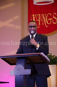 1-31-16 SSP Dr Gregory Payton preaches_Extra Mile Sun-419