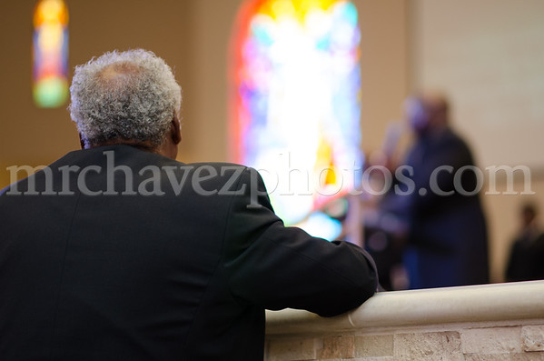 Bishop Wendell Davis preaches preaches at Southern Saint Paul's South Campus