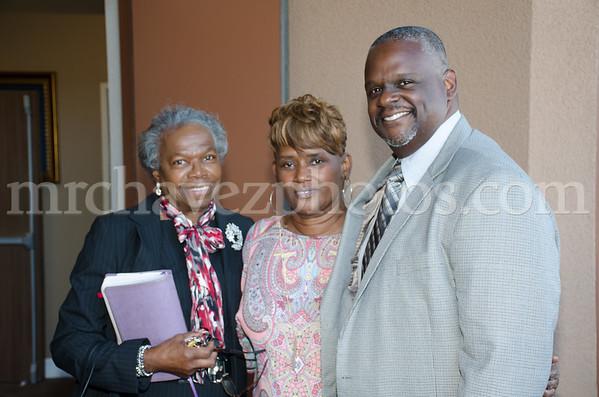 Dr. Manuel Scott Jr preaches preaches at Southern Saint Paul Church of Los Angeles