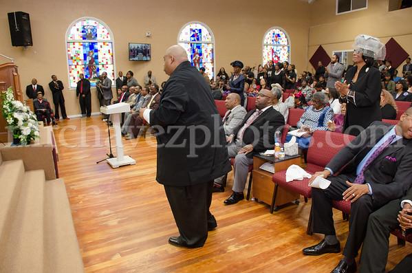 Pastor Xavier L. Thompson preaches at Pastor Rodney Howard's 25th Anniversary