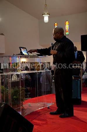 04-12-SMBC Rev  Dr  Todd Hall-212
