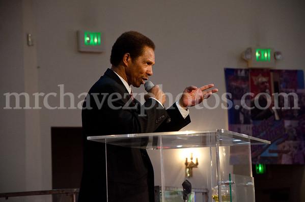 5-12 Pastor Toussaint at SMBC-56