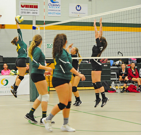 ST. JOESPH ( 00 ) AT O.L.M.A. ( 02 ) , GIRLS VOLLEY BALL - 10/15/18
