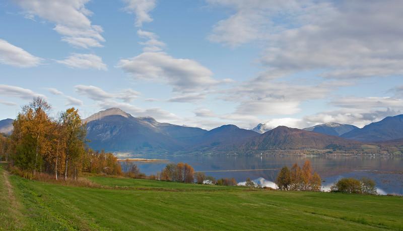 Balsfjord_høst_9509