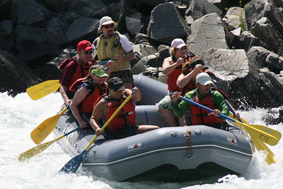 2008-09-14_12-50-18_rafting