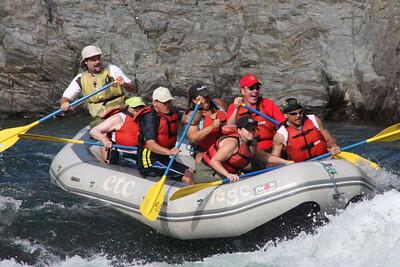 2008-09-13_04-17-36_rafting