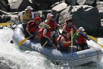 2008-09-14_12-50-20_rafting