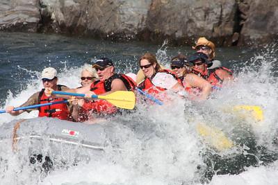2008-09-13_04-19-18_rafting