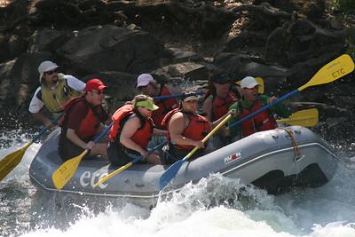 2008-09-14_12-50-15_rafting