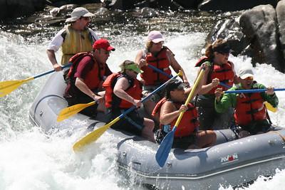 2008-09-14_12-50-22_rafting