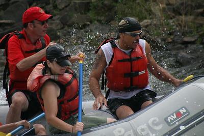 2008-09-13_16-44-58_rafting