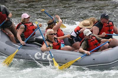 2008-09-13_16-45-56_rafting