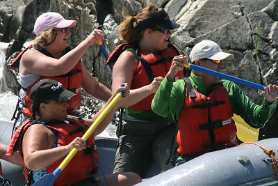 2008-09-14_12-50-23_rafting