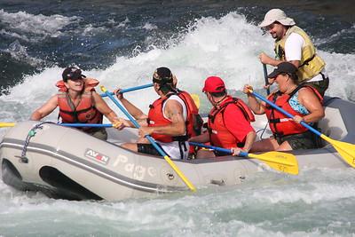 2008-09-13_04-17-40_rafting