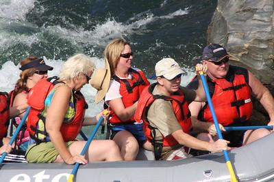 2008-09-13_04-19-28_rafting