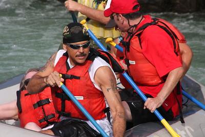 2008-09-13_04-17-53_rafting