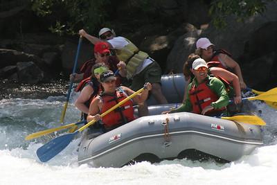 2008-09-14_12-50-16_rafting