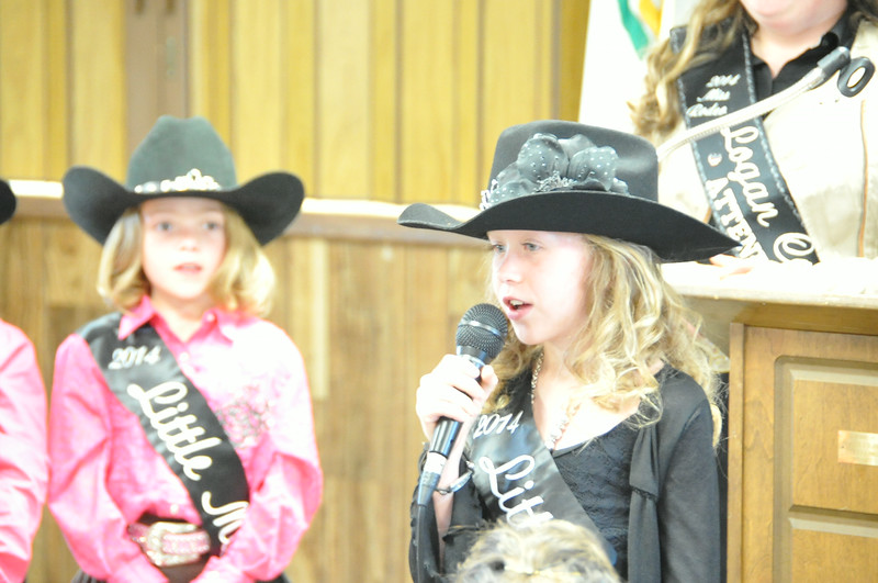 2014 Little Miss Tobi-Beth Erickson gives her introduction at the Superintendents Barbecue.