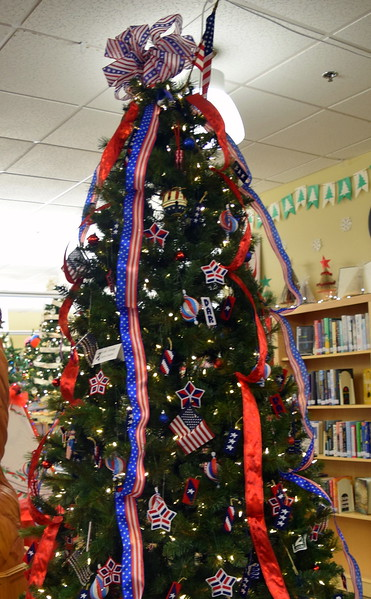 Daughter of the American Revolution's tree at Sterling Public Library's 2017 Parade of Trees.