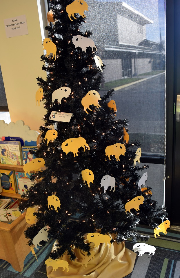 Caliche High School Book Club's tree at Sterling Public Library's 2017 Parade of Trees.