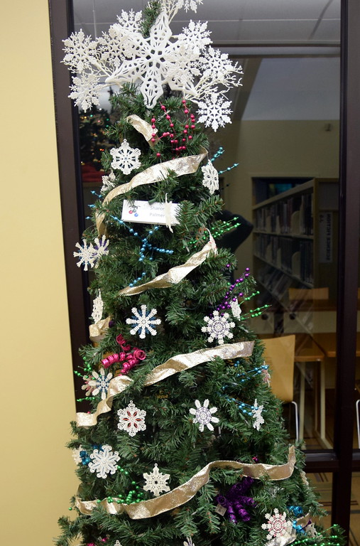 . Sharon Palmer\'s tree at Sterling Public Library\'s 2017 Parade of Trees.