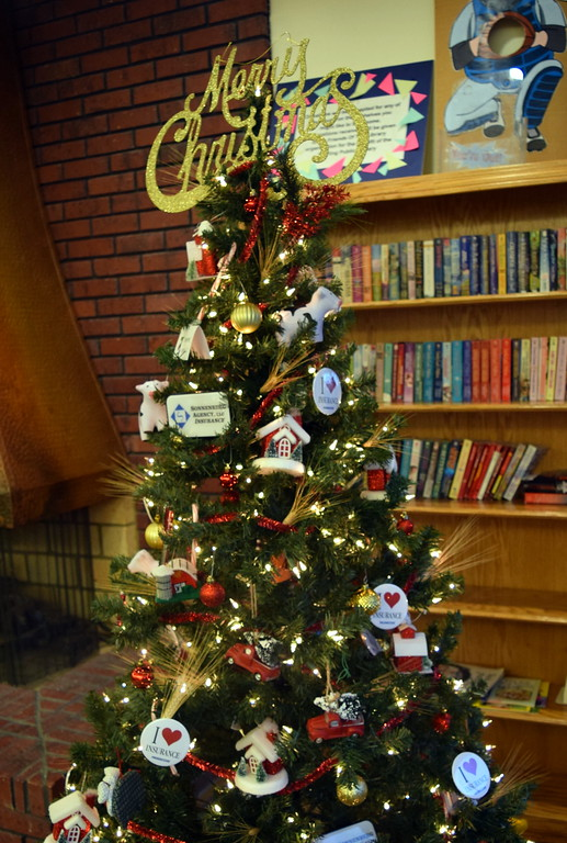 . Sonnenberg Insurance Agency\'s tree at Sterling Public Library\'s 2017 Parade of Trees.