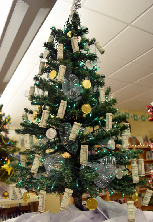 . First Farm Bank\'s tree at Sterling Public Library\'s 2017 Parade of Trees.