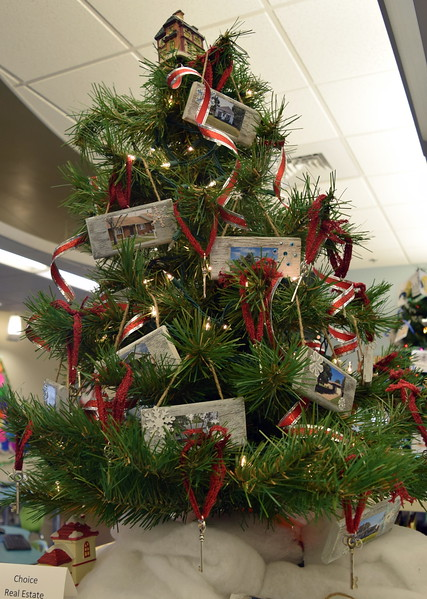 Choice Real Estate's tree at Sterling Public Library's 2017 Parade of Trees.
