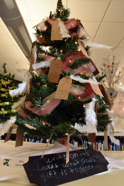 Allie Swennson's tree at Sterling Public Library's 2017 Parade of Trees.