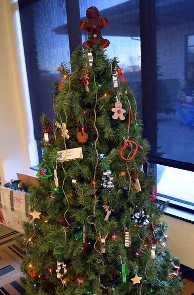 Jamie Miller's tree at Sterling Public Library's 2017 Parade of Trees.