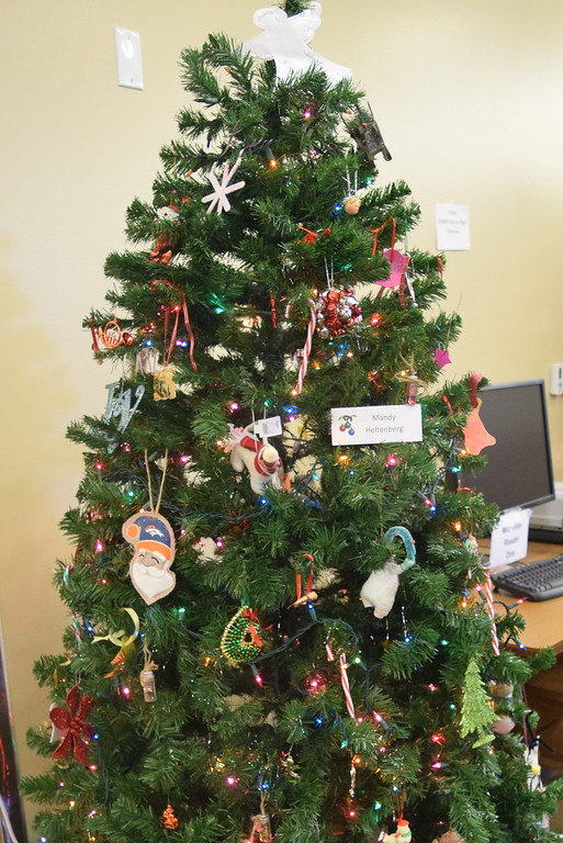 . Mandy Heltenberg\'s tree at Sterling Public Library\'s 2017 Parade of Trees.